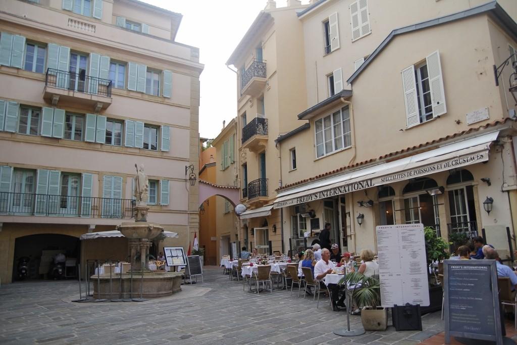 Monaco (56)