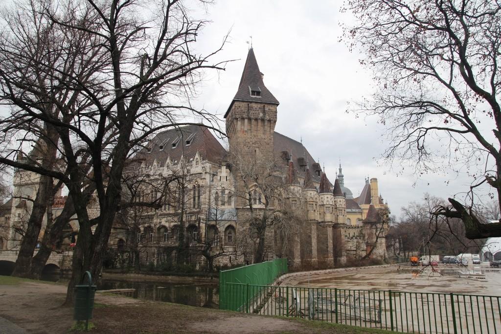 Budapeşte (483)