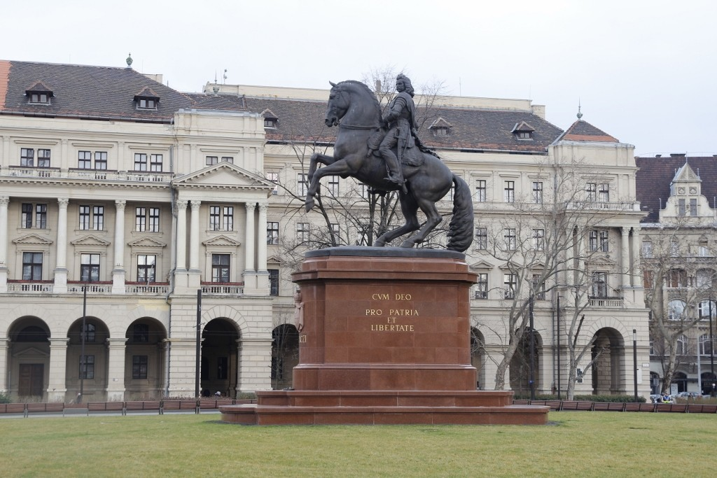 Budapeşte (264)