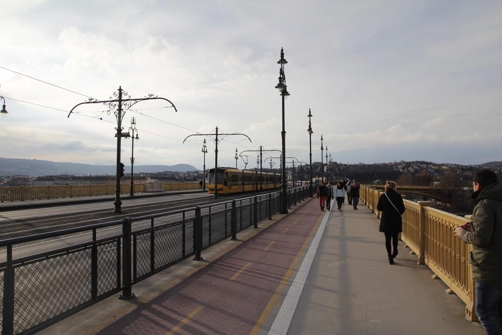 Budapeşte (300)