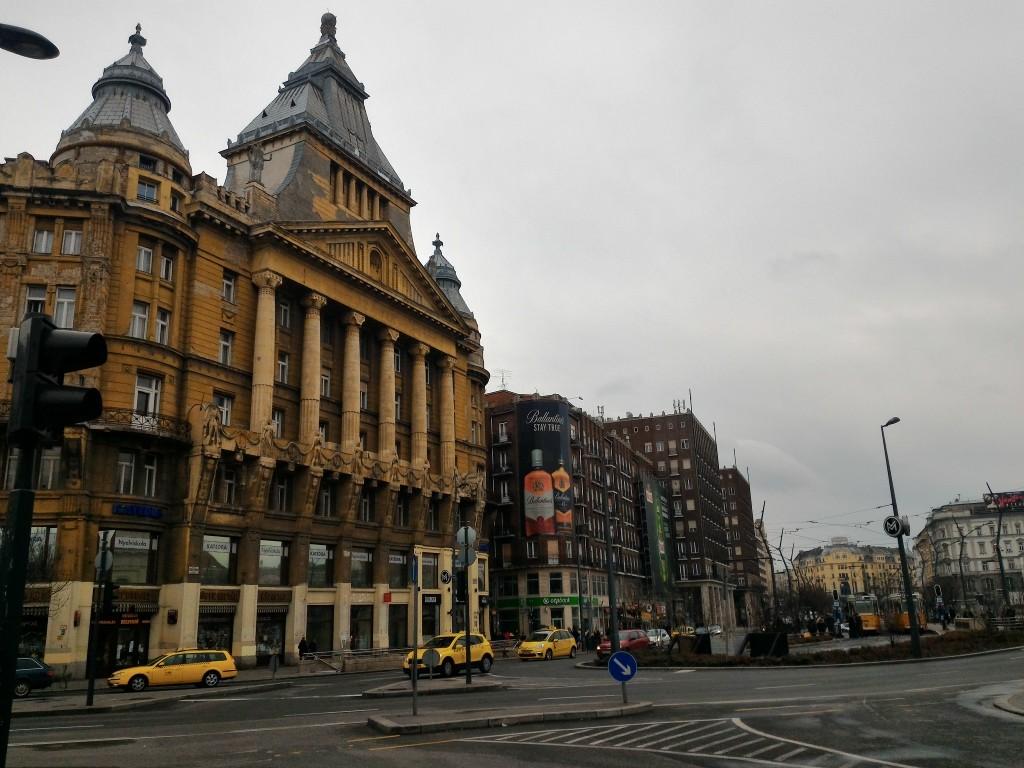Budapeşte (703)