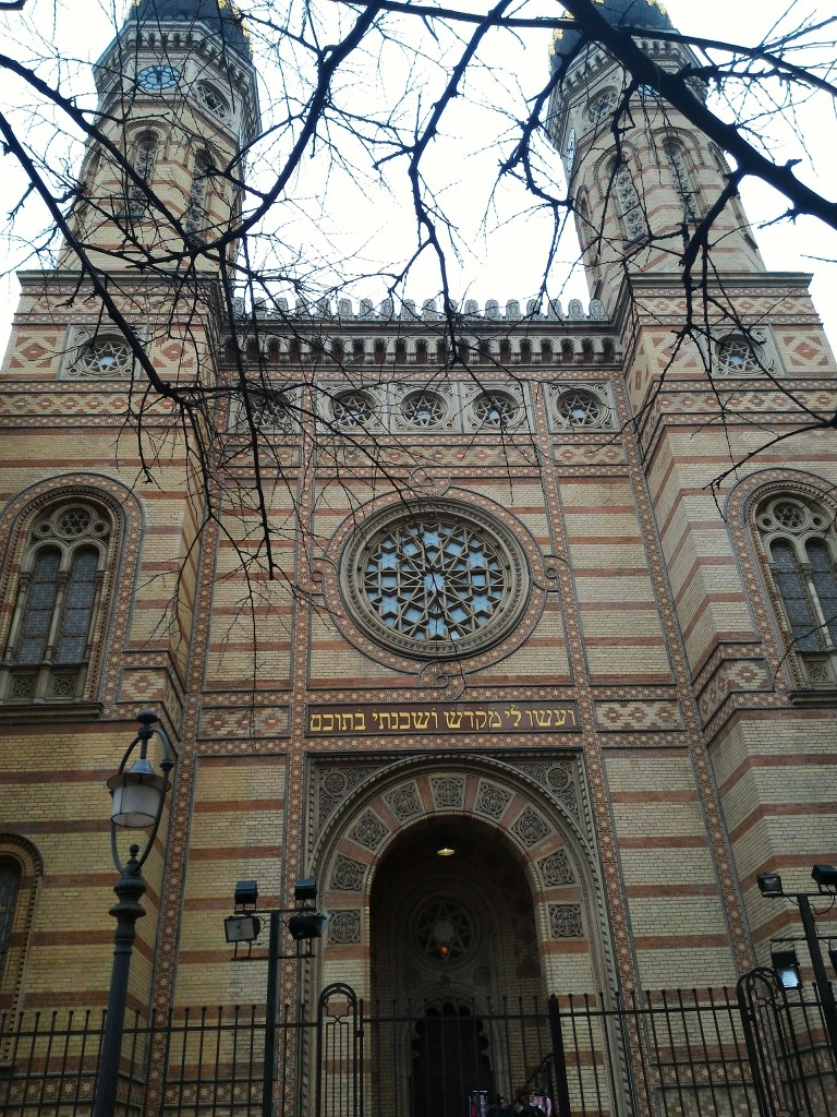 Budapeşte (706)